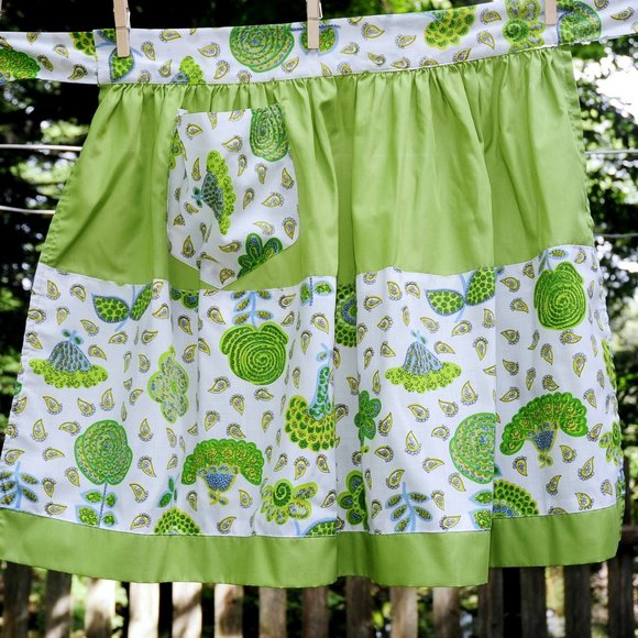 VTG Olive Green Paisley & Floral Print Cotton Apron